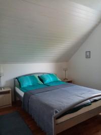 2-es apartman hálószoba 140x200 cm franciaággyal